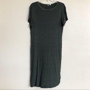 Short Sleeve Ribbed Green & Black T-Shirt Dress